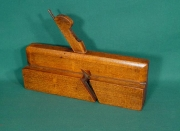 Quirk Ogee with Bead Molding Plane, marked No 4 by Joseph Gleave - Product Image