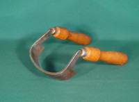 2 Handled Scorp - Product Image